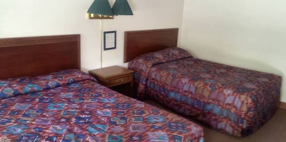 Gravity Inn Motel