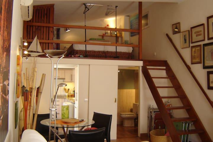 Precioso apartamento en Pleno Puerto de Ibiza - Illes Balears - Apartamento