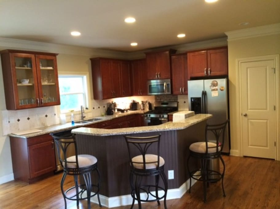 Fully-Equipped Kitchen, Gas Stove.