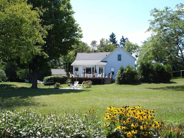 Door County Country Home, LLC