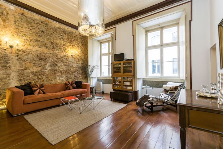 STYLISH & CENTRAL in the Heart of Lisbon