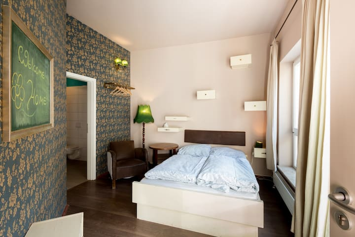 fancy ensuite double right in the historic centre - Weimar - Bed & Breakfast