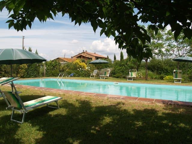5 Farmhouse apartments & pool & sea - Castiglione della Pescaia - Apartemen