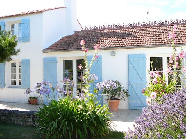 Charmante maison de vacances - Barbâtre
