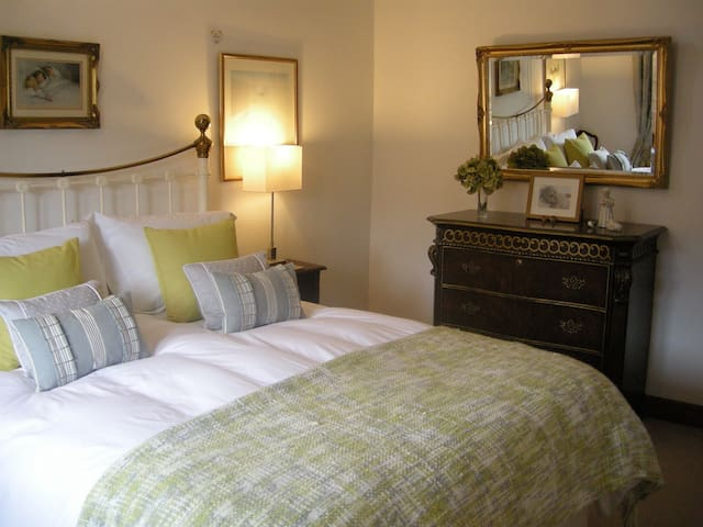 B&B at Old Mill - Baslow - Penzion (B&B)