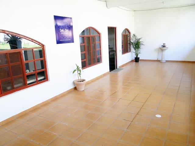 Hermosa habitación en Tepoztlán - La Joya - Bed & Breakfast