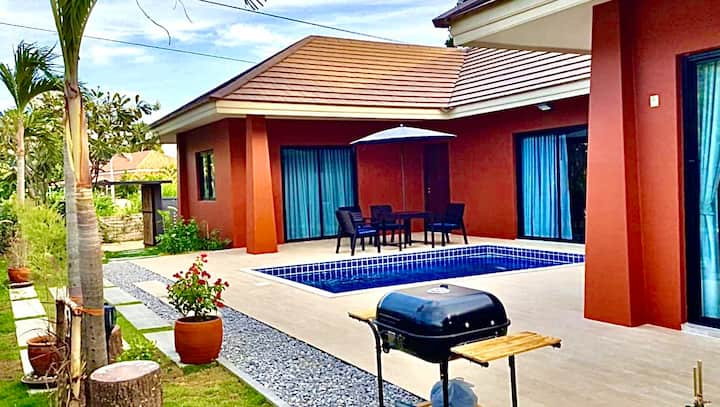 The Eight Huahin Pool Villa, a relax get-away