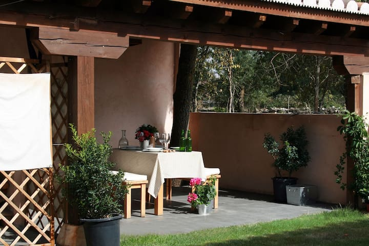 HOGAR DEL FRESNO (casa con encanto) - Cañicosa - Alpehytte