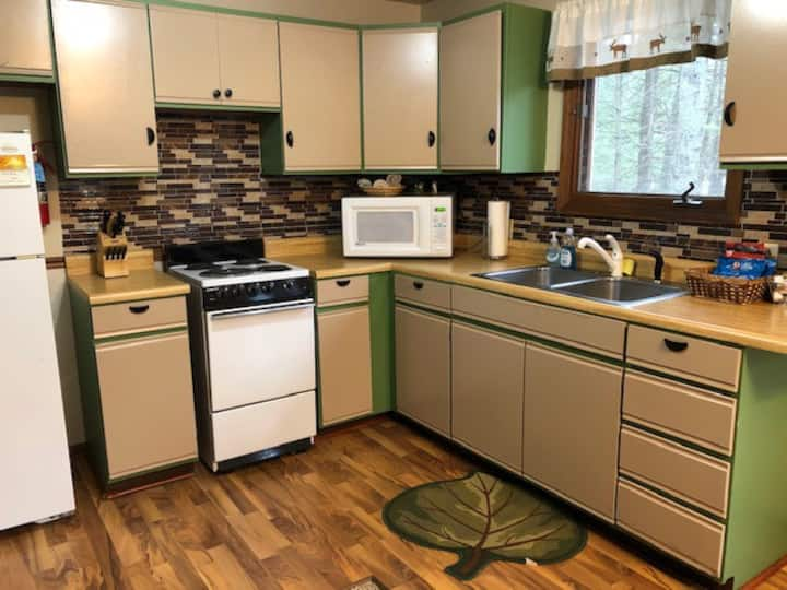 2 Bedroom  Pines Nature Suite on Lake Dubonnet