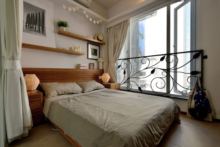 Charming 1 BR appt + roof in Soho - Hong Kong - Apartemen
