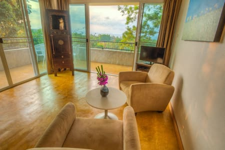 "Sea-view Apartment ""Koh Mak Suites"""