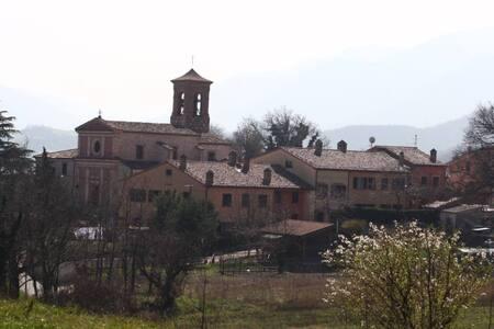 Casa alle pendici del Montecucco - Fabriano