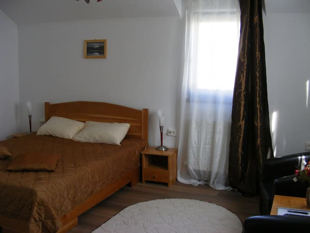 #3 double room - Curtea de Argeș