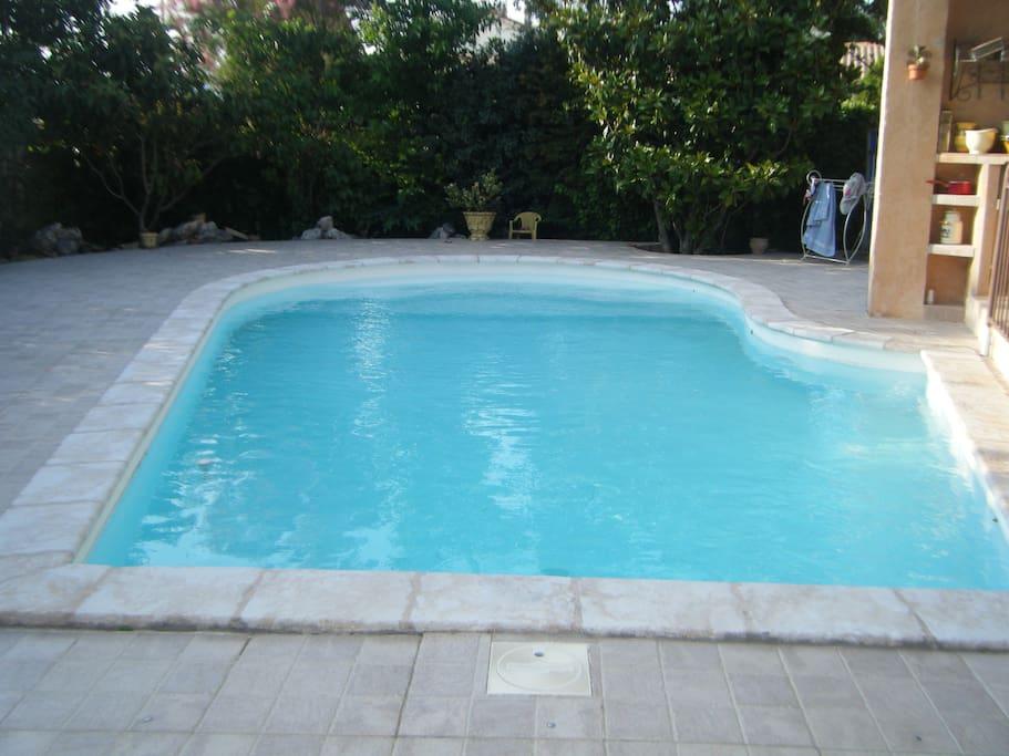 Maison avec piscine 5 mn du centre ville villas for for Hotel montelimar avec piscine