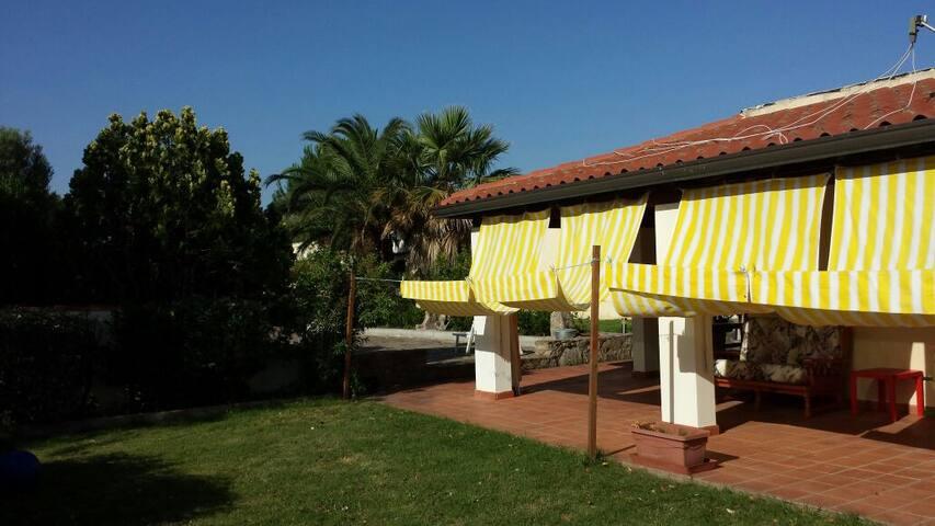 Sardegna - dimora tipica campagna - Olbia - Hus