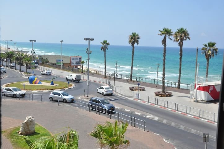 1-bedroom with sea view on Ben Gurion 81/102