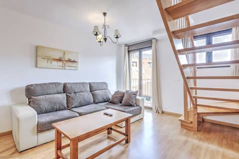 Delightful Apartment in Gudar with Terrace