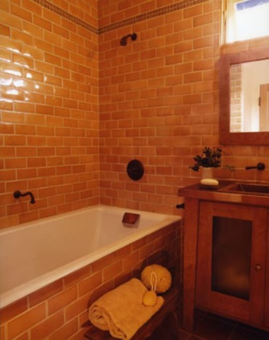 Main downstairs bathroom - huge bathtub!
