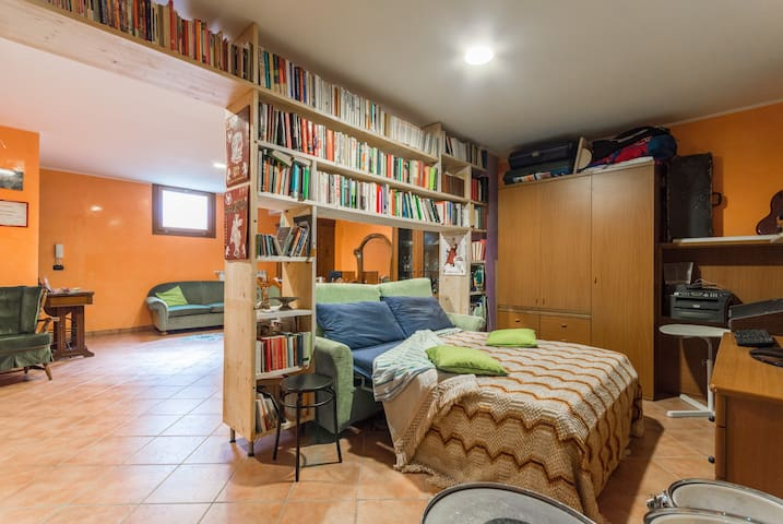 Room with kitchen & bath near Turin - Grugliasco - Apartment