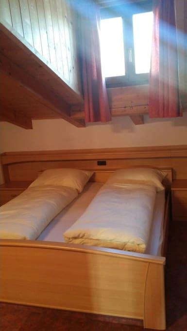 zimmer mit bad ohne k che wohnungen zur miete in m hlbach trentino alto adige italien. Black Bedroom Furniture Sets. Home Design Ideas