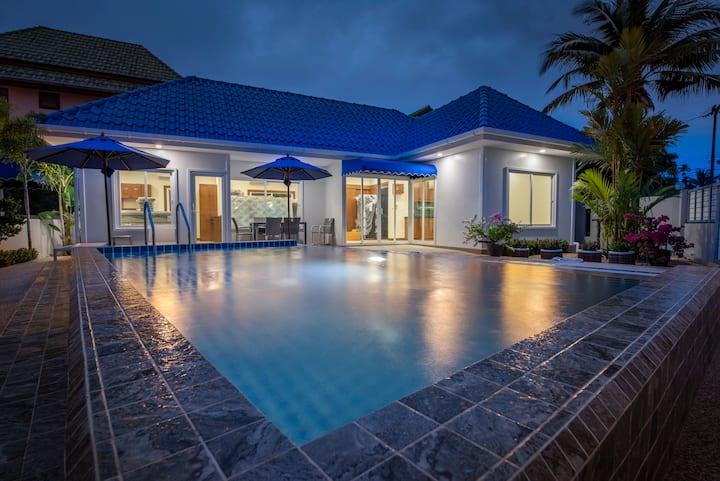 Pam's  Bangtao Beach Walk Villa with Pool.