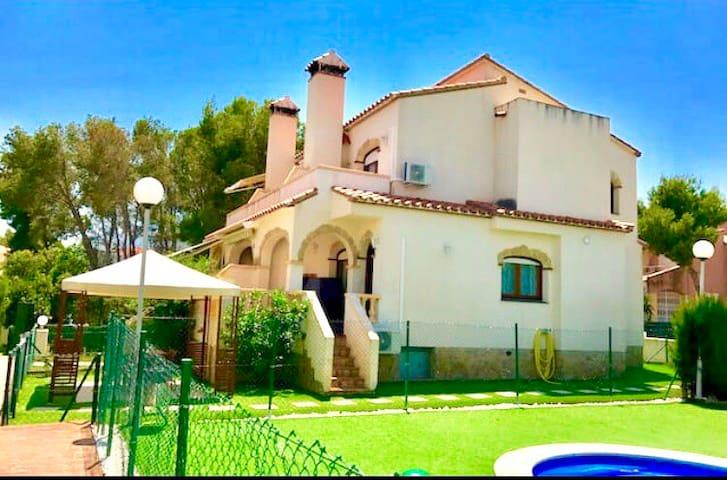 Casa  MIAMI PLAYA. Montroig del camp. Tarragona