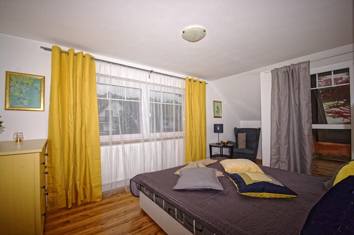 Cozy Gardens Apartament with Jacuzzi in Prague