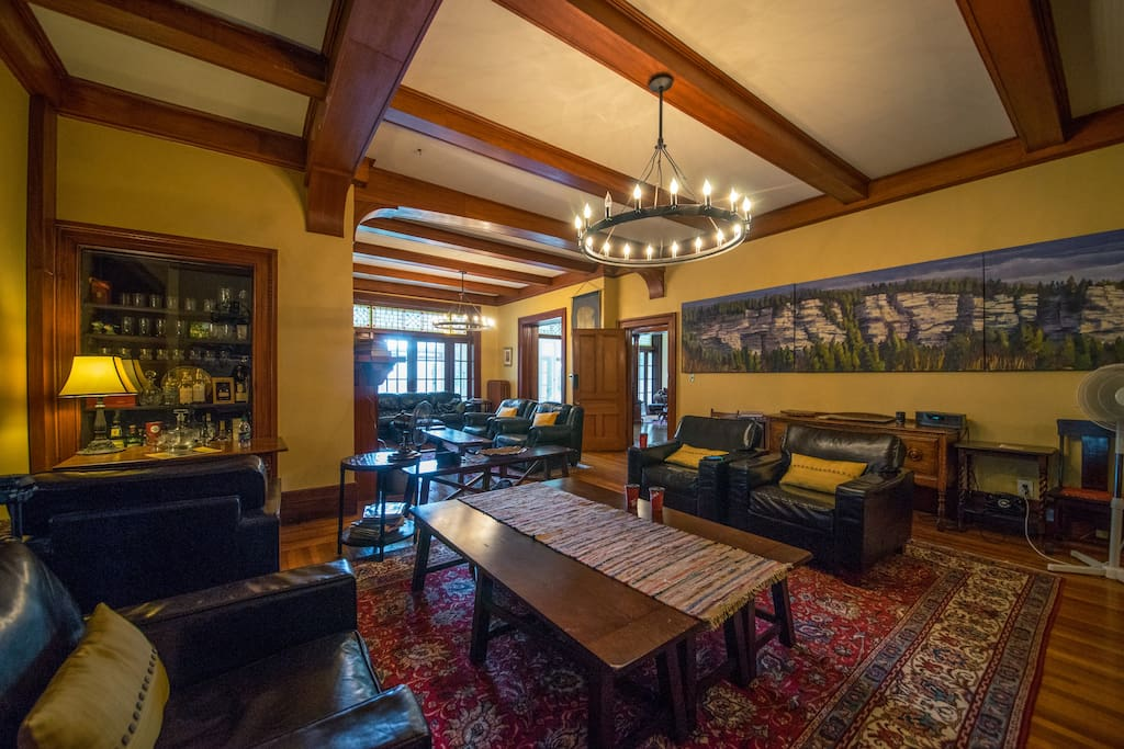 Guest photo (July2106): the timbered Great Room