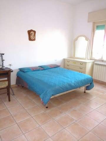 House near Empoli Train Station - Empoli - Leilighet