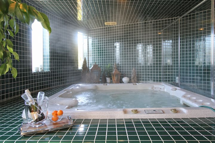 Private Spa Suite on secluded and gated estate - Bodega Bay - Pension