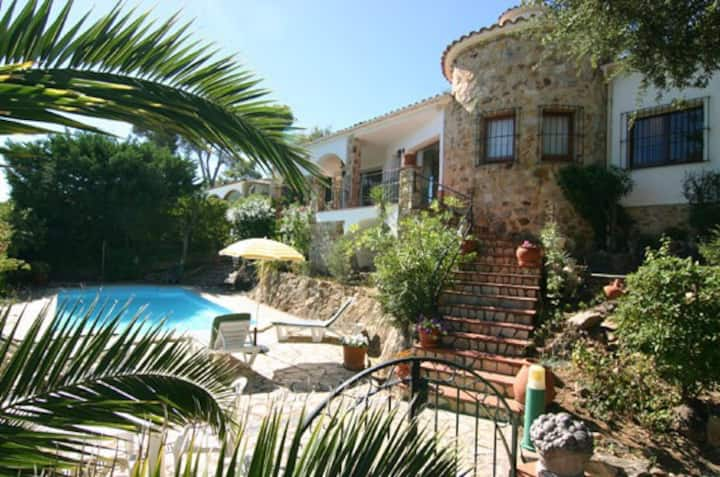Detached villa with private pool Playa de Pals