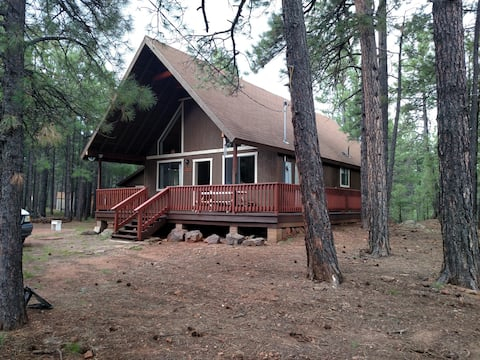 """Peaceful Retreat """"A Cabin in the Woods"""""""