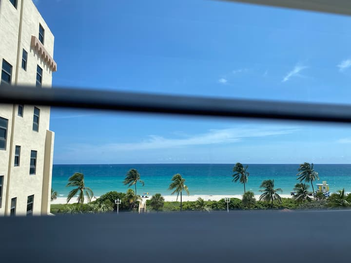 Ocean view at Hollywood Beach Resort Studio 572