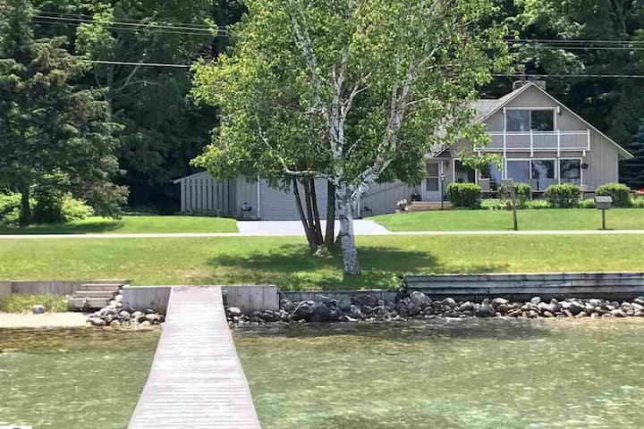 Lakefront lodge w/ private beach access, a spacious layout, & ideal location!