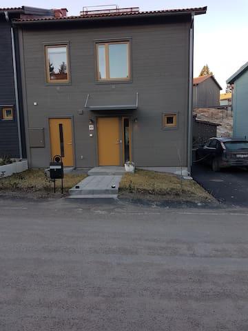 Nytt hus 15 min från centrala Stockholm! - Haninge