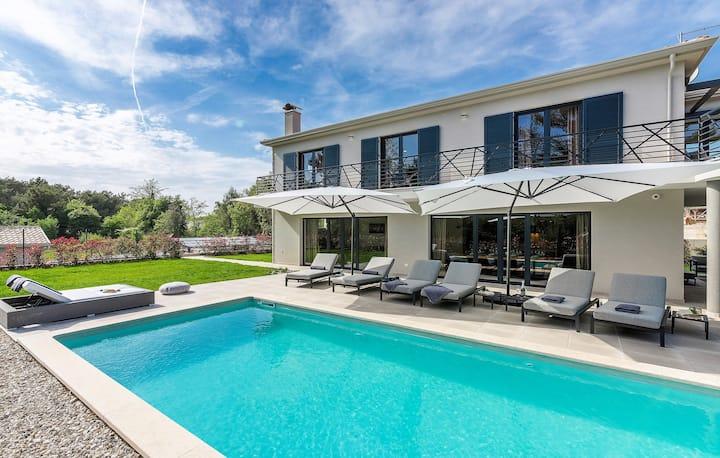 Villa VinoMore- Modern mit Whirlpool & Fitness