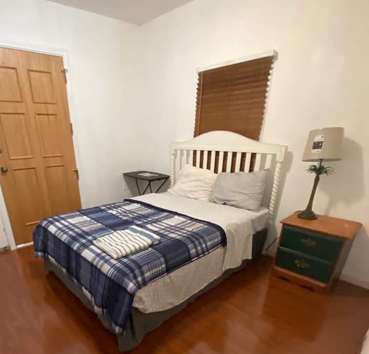LA3 - Nice Room