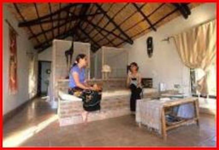 Six chalets in a paradise garden - Lilongwe - Chalet