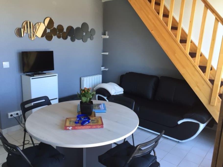 Appartement t2 tout confort le barcar s apartments for for Housse de couette translation