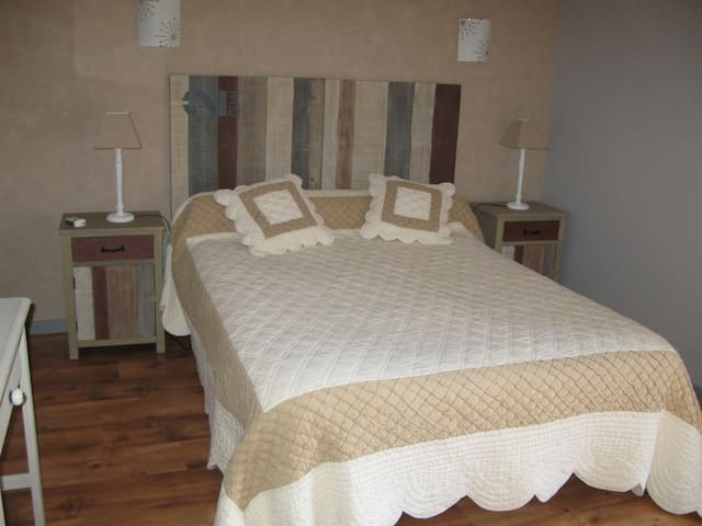 Chambre Elléa - Teilhet, Puy-de-Dôme