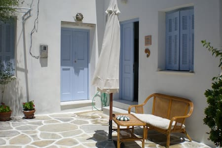 200yrs old Village House - Naxos - Dům