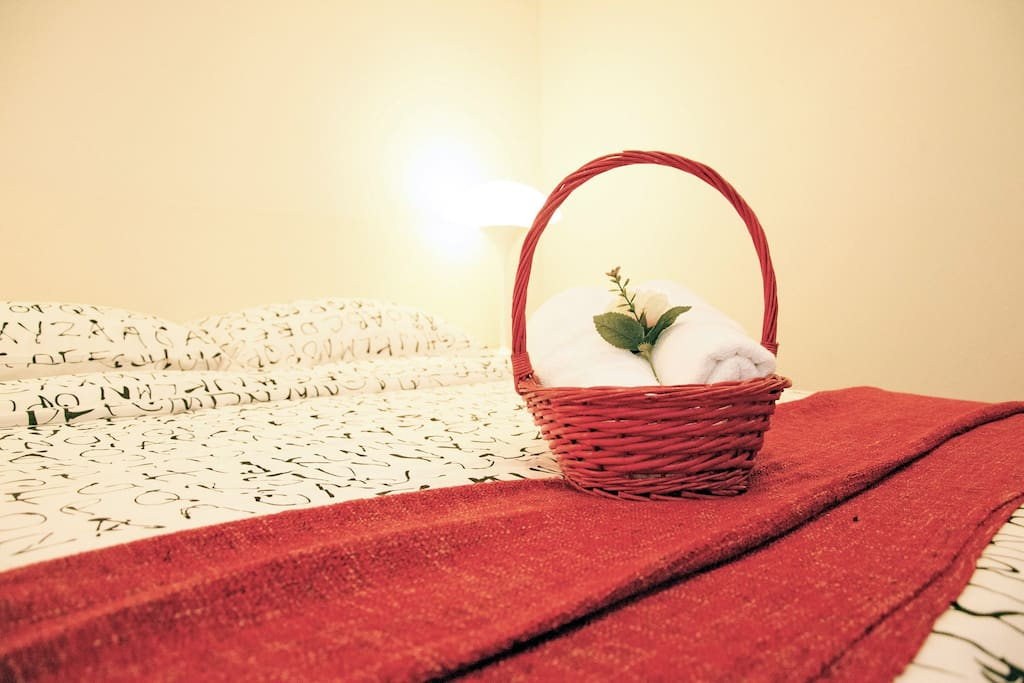 Equipped with comfortable & clean beddings & 2 towels