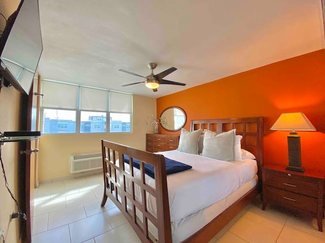 Master bedroom has a comfortable queen size bed.   Includes flat screen TV with streaming apps; Netflix, Disney+, HBO Max & Hulu.