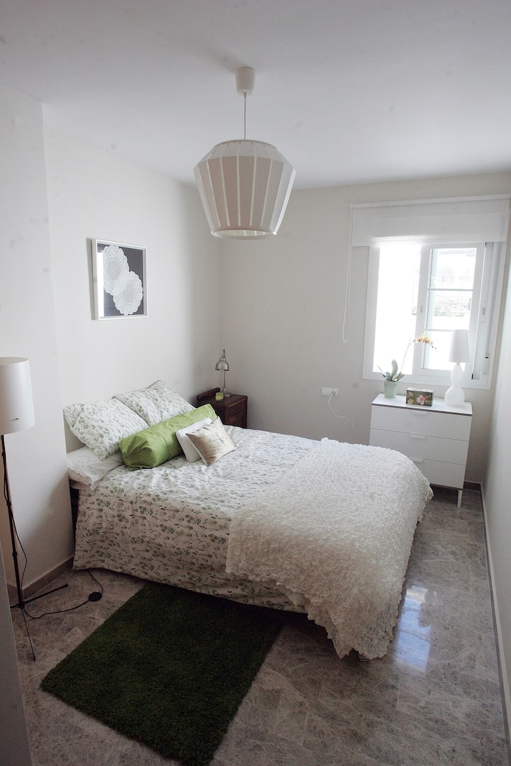 Double room in central penthouse with terrace