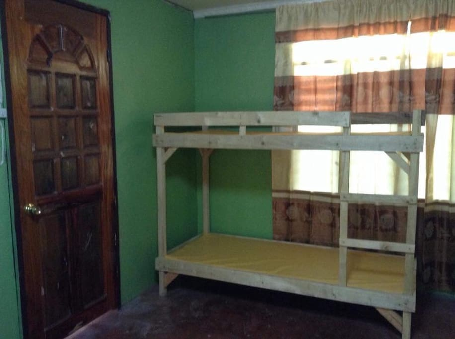 Bedroom with 6 bunkbeds