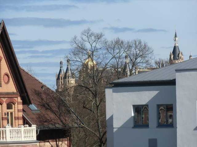 Wohnung am Schloßgarten - Schwerin - Huis