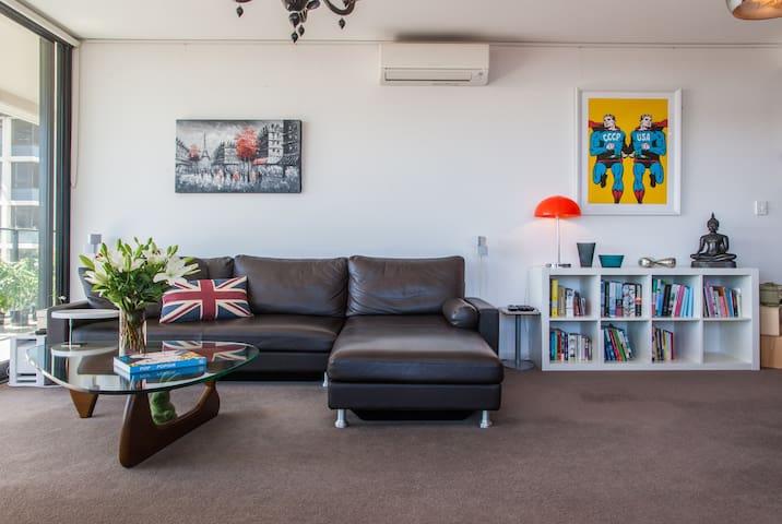 Inner-City Redfern Queen Room  - Redfern - Wohnung