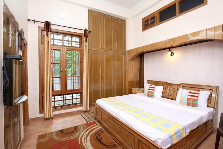 OYO - Elegant 1BR Apartment In Solan-Lightning Deal ⚡