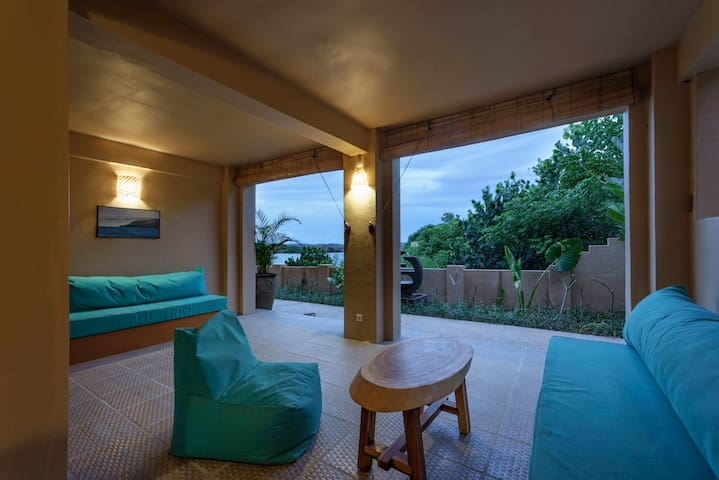 Bruce's Hideout Signature Flat with Ocean view