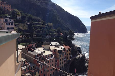 Manuela Studio w/ Nice Sea Views - Riomaggiore - Apartamento
